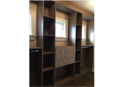 Custom Closets And Wall Units
