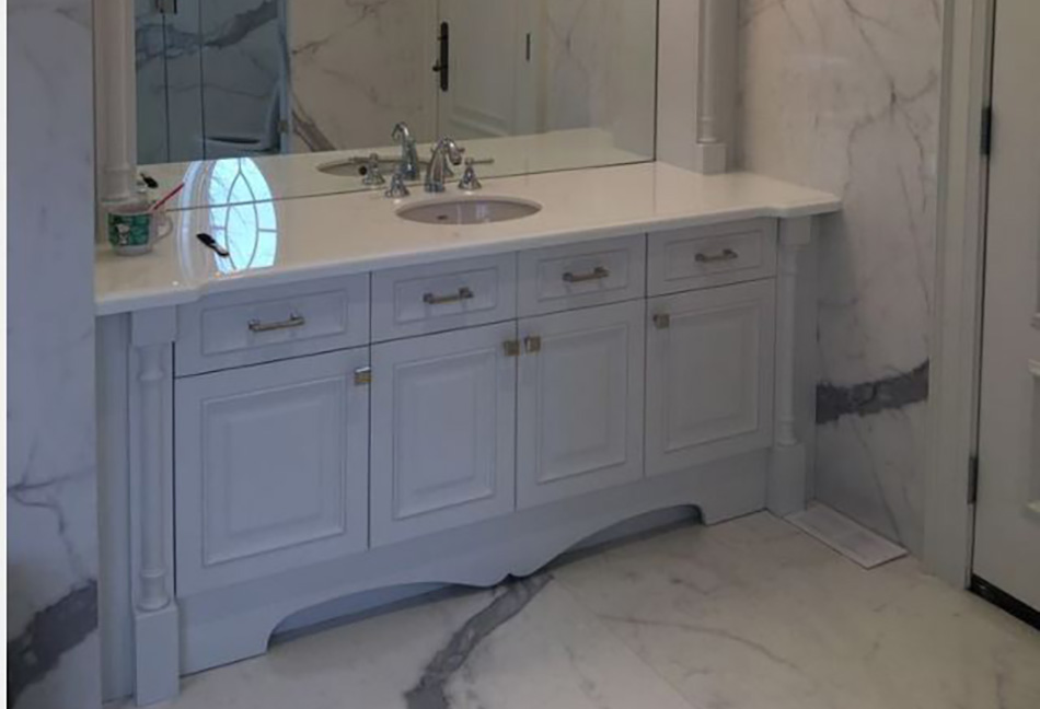Custom-Bathrom-Cabinets-103-3