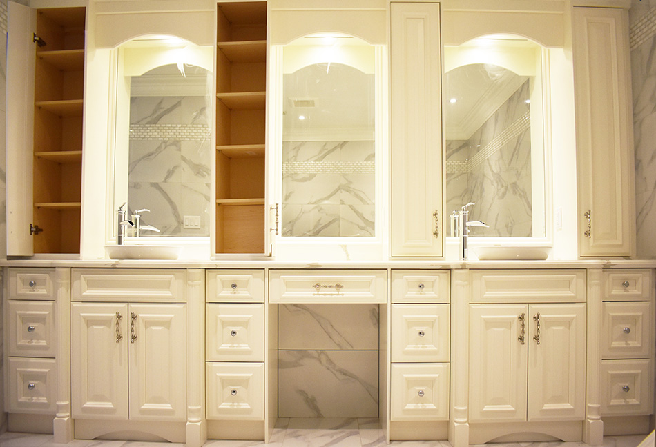 Custom-Bathrom-Cabinets-108-8