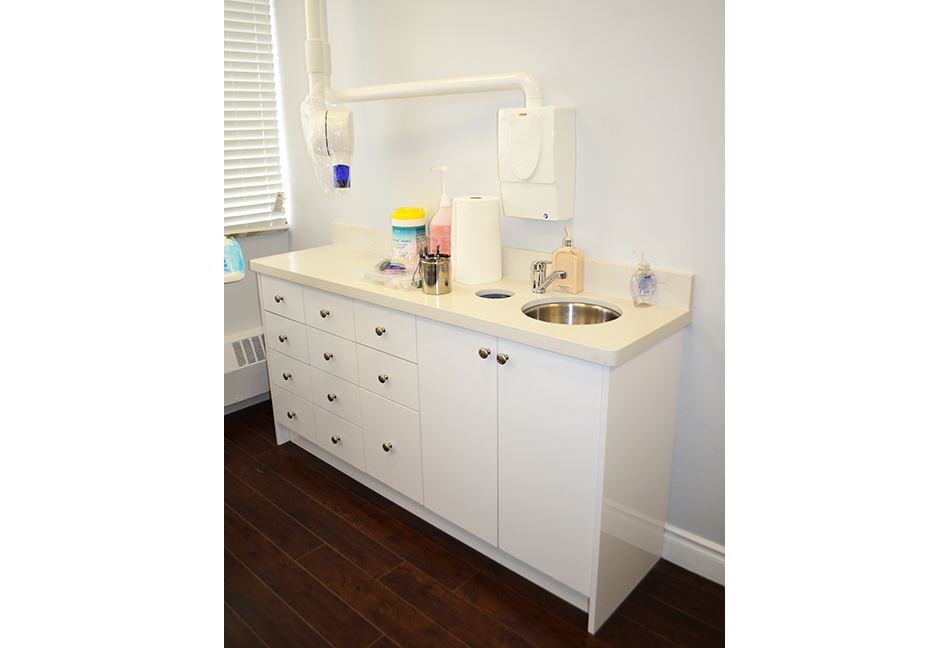 Custom-Bathrom-Cabinets-109-9