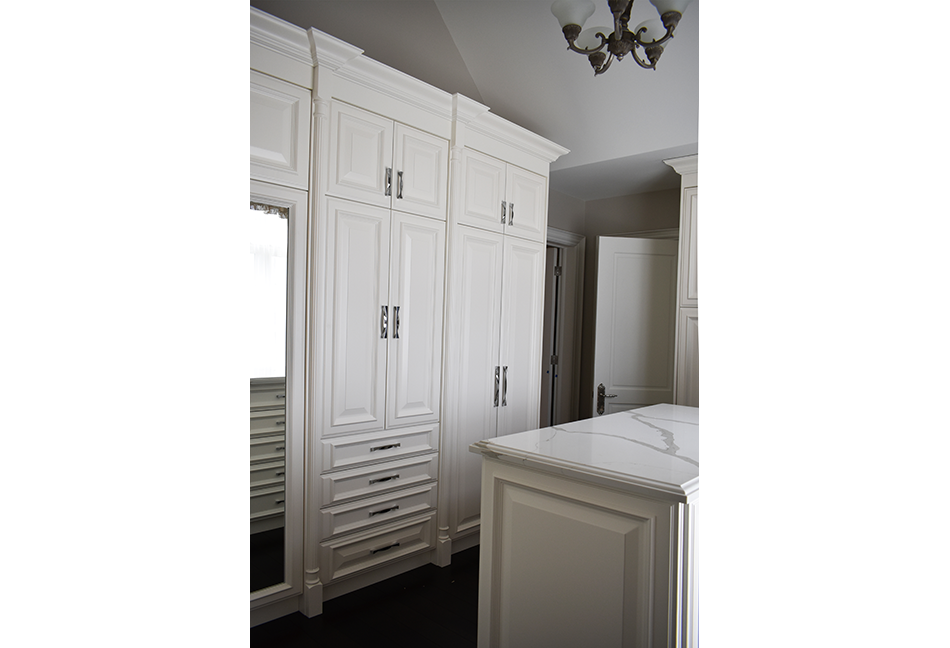 Custom-Closets-And-Wall-Units-107-7