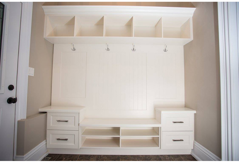 Custom-Closets-And-Wall-Units-116-16