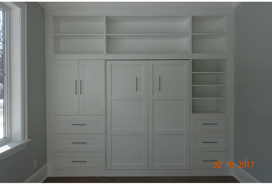 Custom-Closets-And-Wall-Units-121-21
