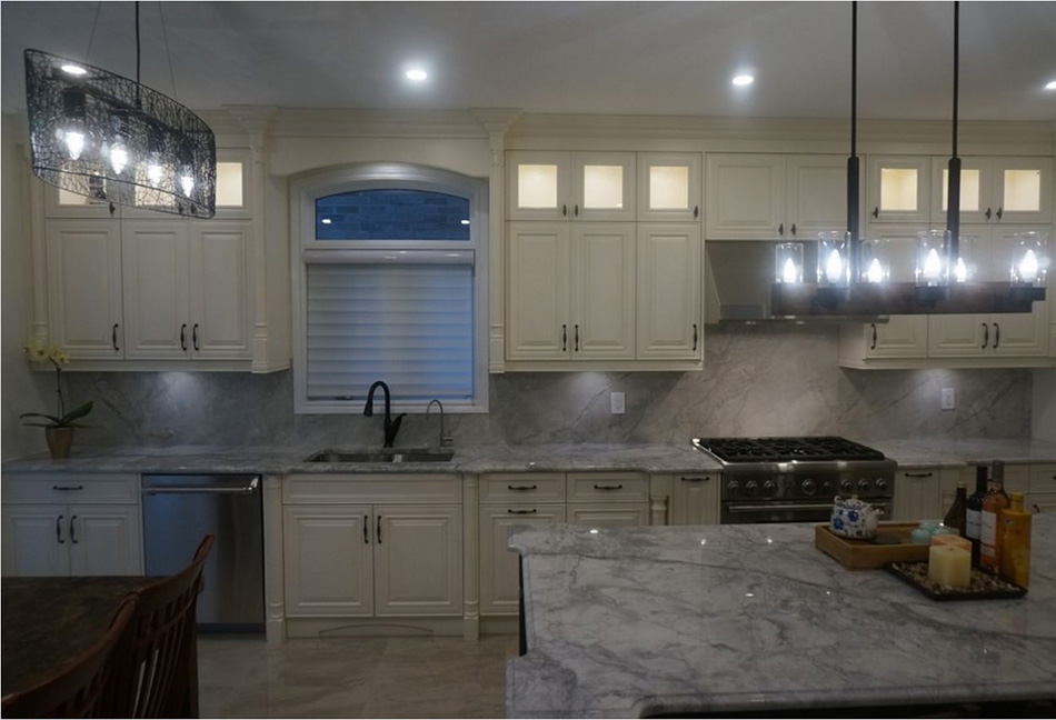Custom-Kitchen-Cabinets-143-43