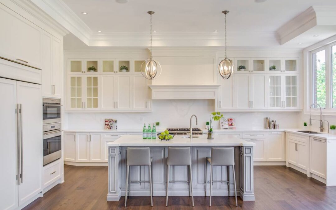 White Kitchen Cabinets Choosing Guide