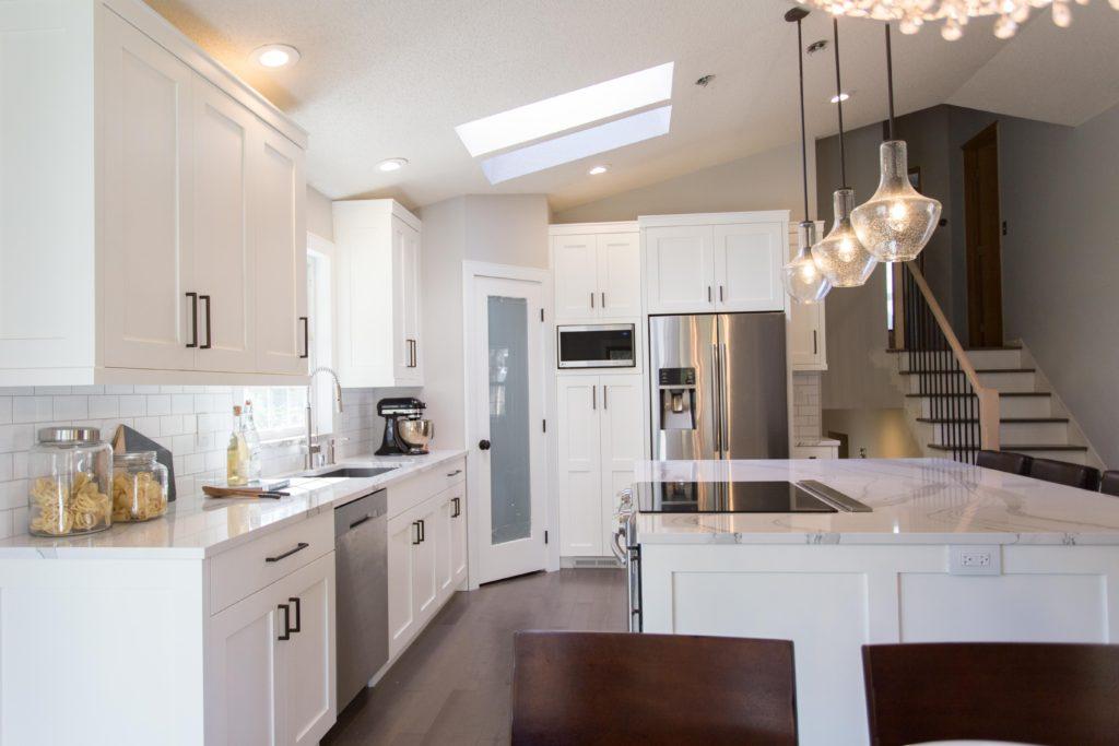 custom kitchen in white